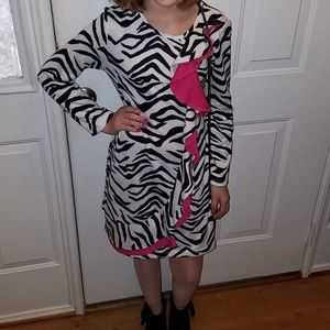 Amazing zebra print dress with pink accent